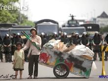 Review_Movie_Mahasiswa_Tentara_dan_Pegawai_Istana_Di_Balik_98_02