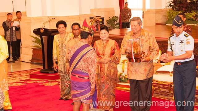 Presiden Serahkan Penghargaan Kalpataru, Adipura dan Adiwiyata
