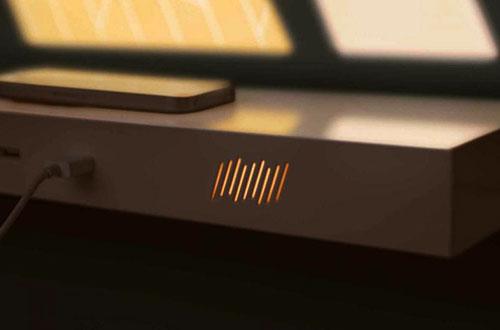 "Peralatan elektronik seperti telepon genggam dapat diisi dayanya melalui port USB yang terpasang di kusen jendela ""Current Window"", perlengkapan Foto: Wai Ming Ng/www.inhabitat.com"