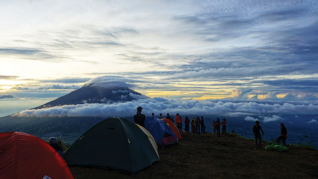 tips persiapan mendaki gunung