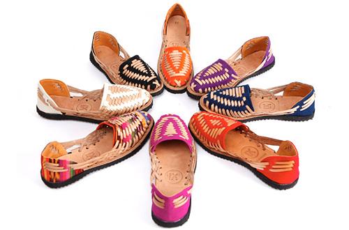Sepatu koleksi Ix Styles rancangan Francesca Kennedy. Foto: inhabitat.com