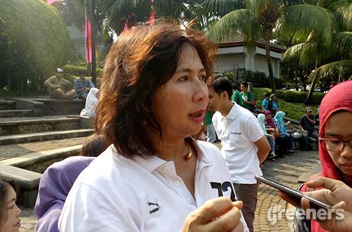 Kepala Dinas Pertamanan dan Pemakaman DKI Jakarta, Ratna Diah Kurniati. Foto: greeners.co/Danny Kosasih