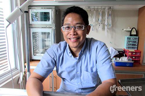 Ketua Asosiasi Dokter Hewan Praktisi Hewan Kecil Indonesia (ADHPHKI), Drh. Gunadi Setiadarma. Foto: greeners.co/Teuku Wildan
