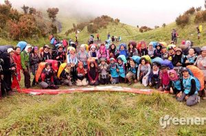 wanita & gunung