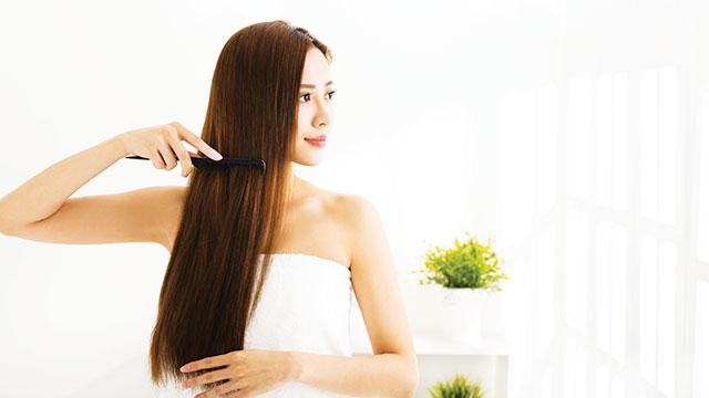 merawat rambut dengan alami