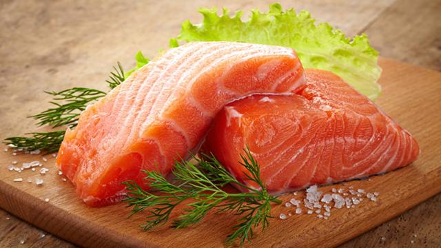 pentingnya mengonsumsi ikan