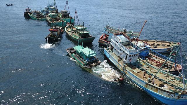 kapal ikan ilegal