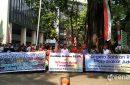 Aksi Masyarakat Adat Tano Batak di Gedung KLHK. Foto: www.greeners.co/Dewi Purningsih