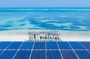 Panel Surya Terbesar di Dunia Dipasang di Laut Maladewa