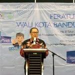 Kota Bandung Berkomitmen Kurangi Kantong Plastik Hingga 100% di Tahun 2025