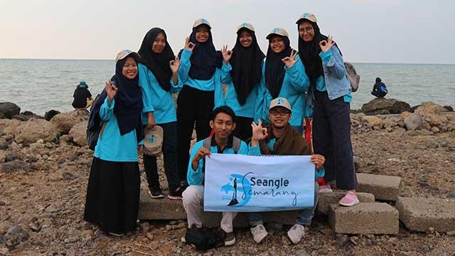 Seangle Pembersih Sampah Pesisir Laut Semarang