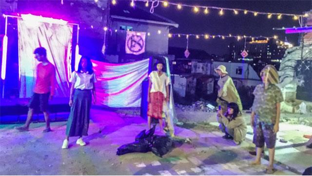 Kelompok Teater Rumah Bintang di Reruntuhan Tamansari