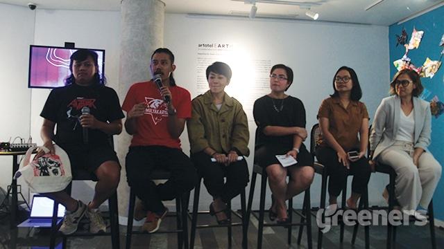 Seniman Yogyakarta Mulyakarya, World Wide Fund for Nature (WWF) Indonesia, dan Artotel Earth, dalam acara konferensi pers serta pameran kolaborasi seni.