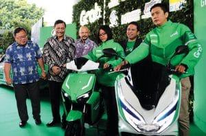 Grab Indonesia Siapkan Kendaraan Daring