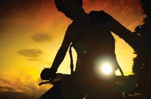 Tips Bersepeda Malam Hari