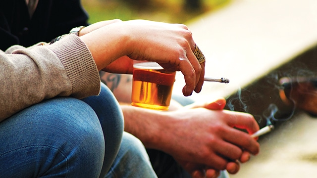 Alkohol dan Rokok