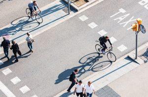 Gencarkan Jalan Kaki dan Bersepeda, Lawan Polusi Udara