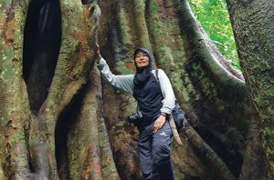 Dr. Sri Suci Utami Atmoko