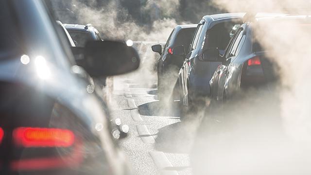 Kendaraan Bermotor Sebabkan Polusi